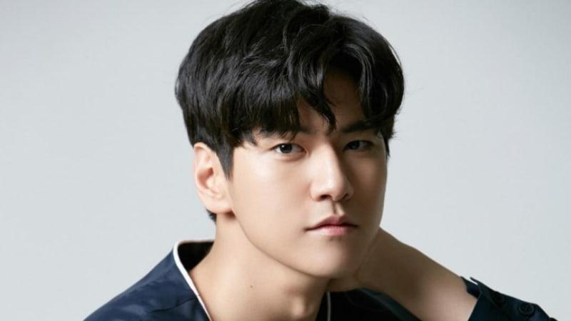 """El actor Kim Hyun Joon de """"Hwarang"""" aparecerá en nuevo drama con Shin Se Kyung"""