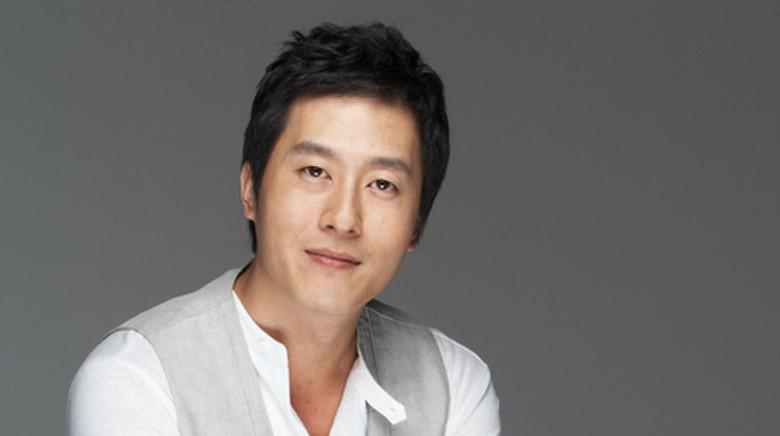 Celebridades expresan sus condolencias por el fallecimiento de Kim Joo Hyuk