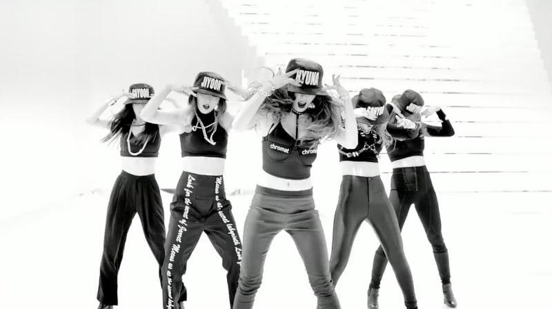 """""""Crazy"""" de 4Minute se convierte en el primer video del grupo en llegar a los 100 millones de visitas en YouTube"""