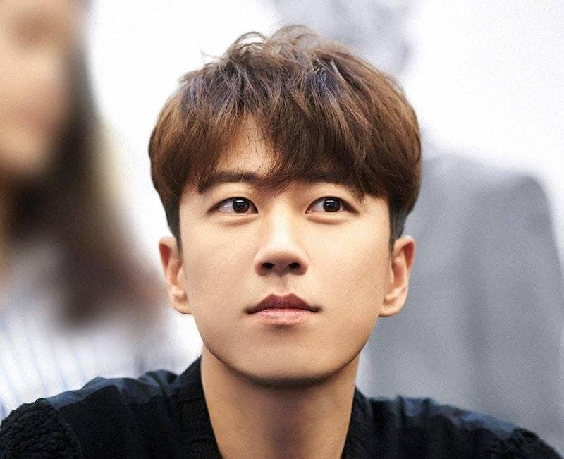Jang Su Won de SECHSKIES firma con YG Entertainment