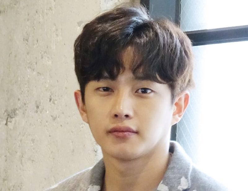 Kim Min Suk confirma que dejará Woollim Entertainment