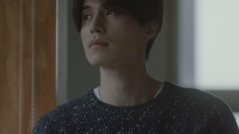 "Soyou y Sung Si Kyung cantan ""I Still"" en un MV protagonizado por Lee Dong Wook"