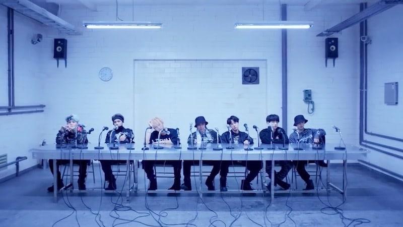 """BTS establece un nuevo récord al ser el primer grupo del K-Pop en estar en la lista de canciones de iTunes de Estados Unidos con el remix de """"MIC Drop"""""""