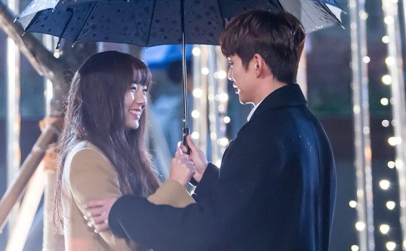 """Yoo Seung Ho y Chae Soo Bin tienen un gran momento grabando escena de beso para """"I Am Not A Robot"""""""