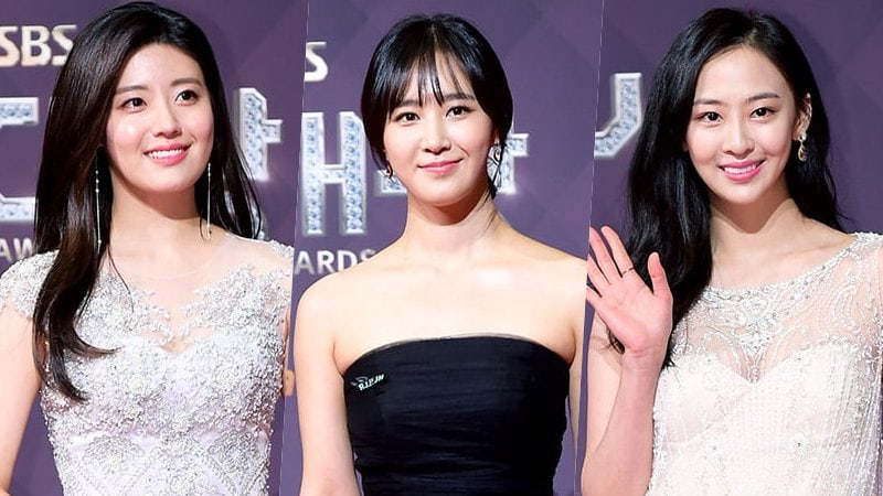 Las actrices deslumbran en vestidos blancos y negros en los 2017 SBS Drama Awards