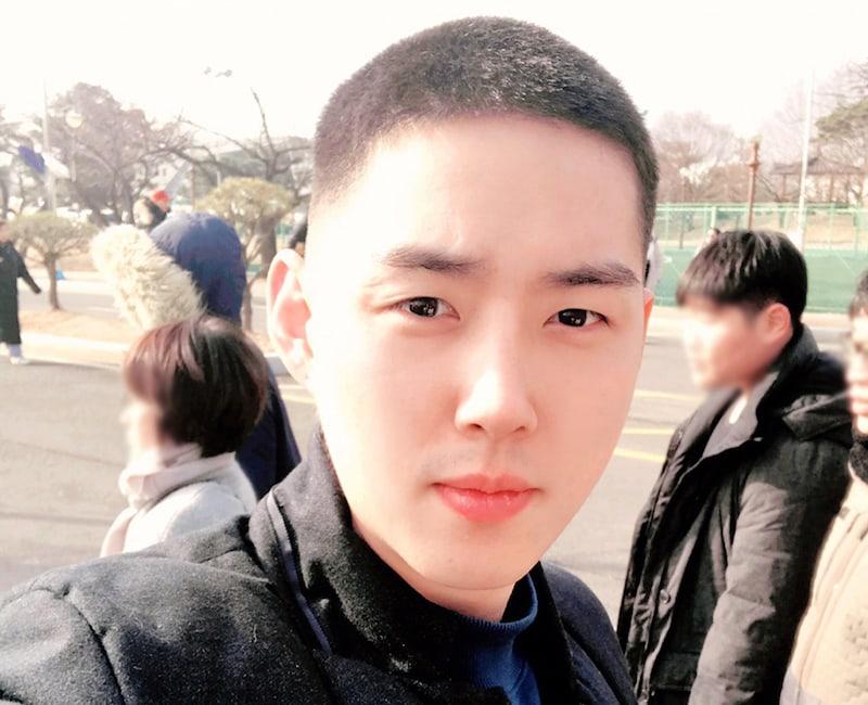 El actor Baek Sung Hyun comienza de forma tranquila su servicio militar
