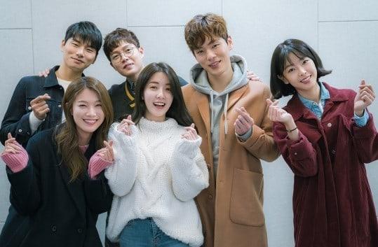Kim Jung Hyun, Son Seung Won y más asisten a la lectura de guión para nuevo drama de JTBC