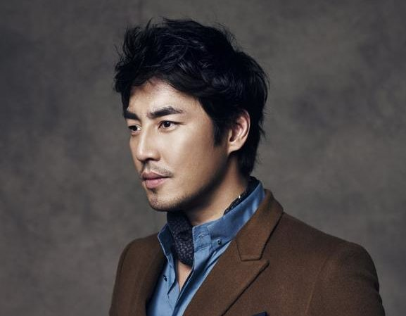 "Kim Sung Soo se une al elenco de ""Should We Kiss First"""