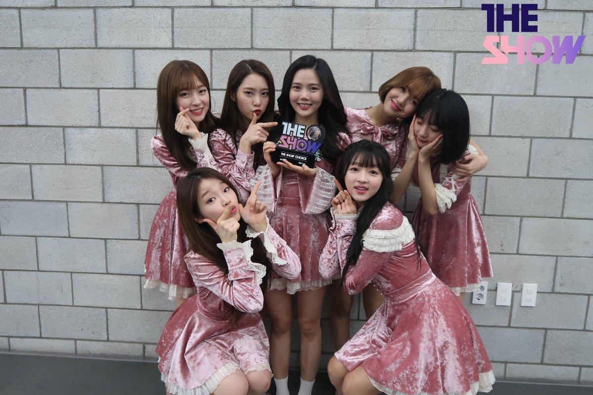 """Oh My Girl obtiene su primera victoria en programa de música con """"Secret Garden"""" en """"The Show"""" – Presentaciones de JBJ, Chungha y más"""