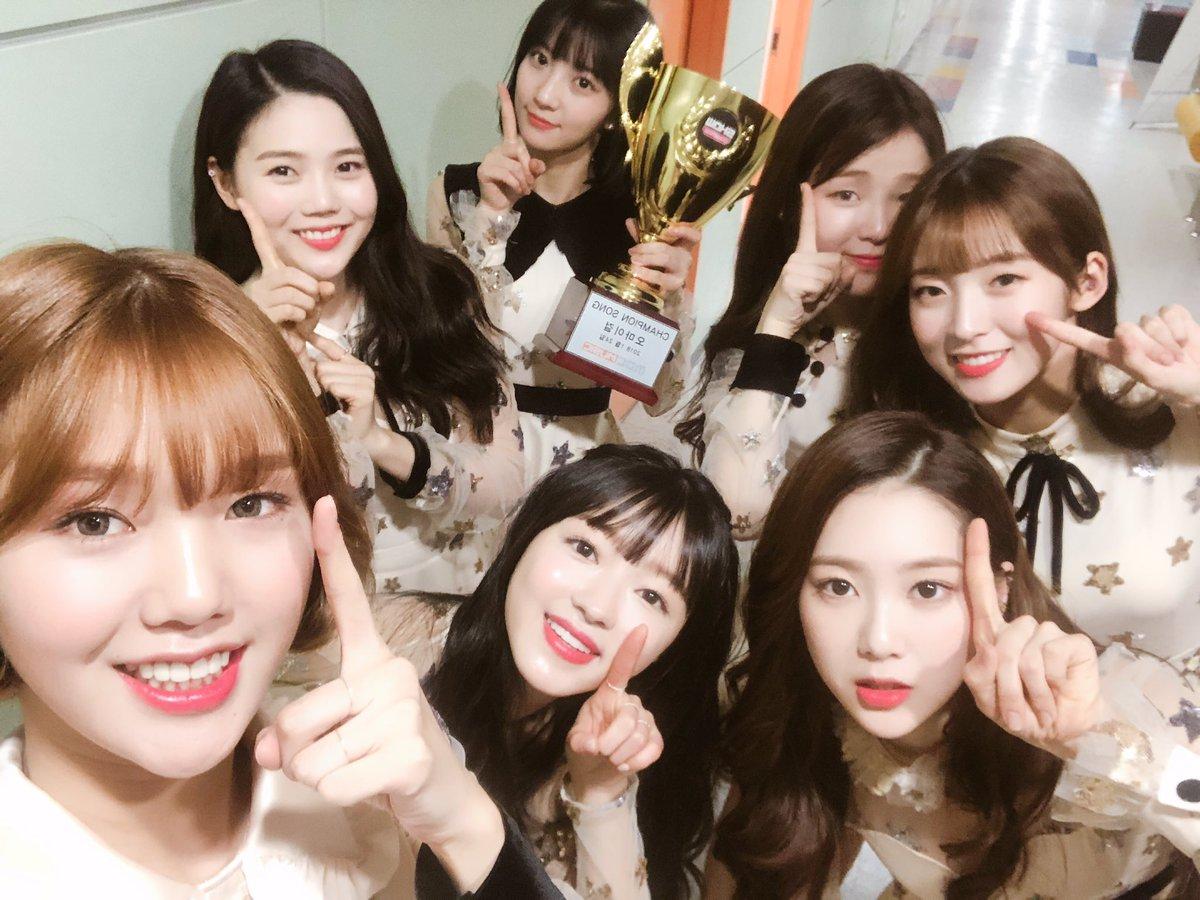 """Oh My Girl obtiene segunda victoria con """"Secret Garden"""" en """"Show Champion"""" – Presentaciones de JBJ, N.Flying, MXM y más"""