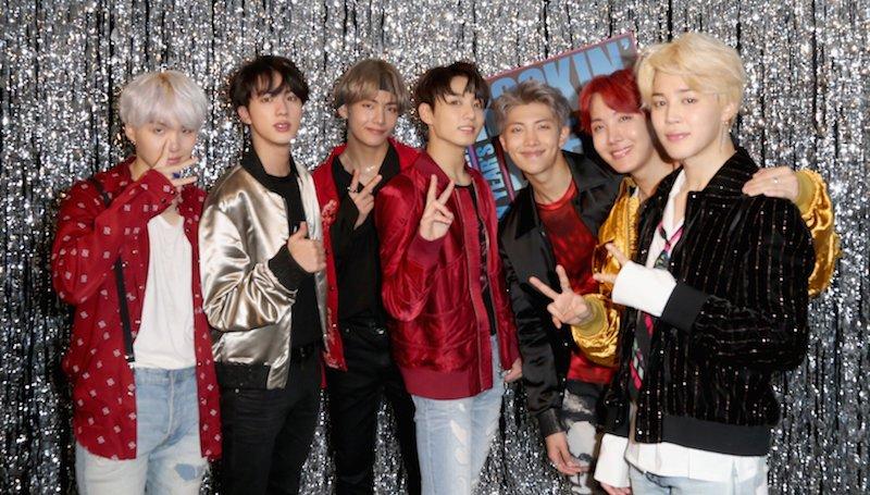 """El remix de """"MIC Drop"""" de BTS pasa su 9na semana en el Hot 100 Chart de Billboard"""