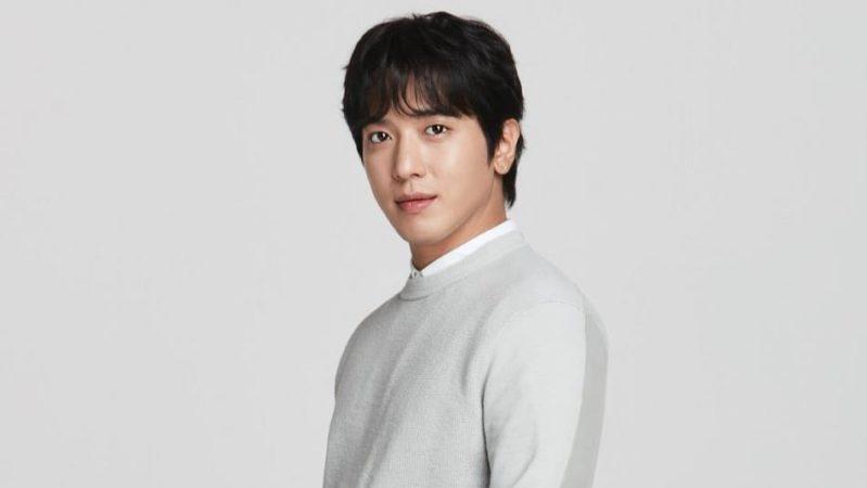 Jung Yong Hwa de CNBLUE llevará a cabo una reunión de fans más antes de alistarse