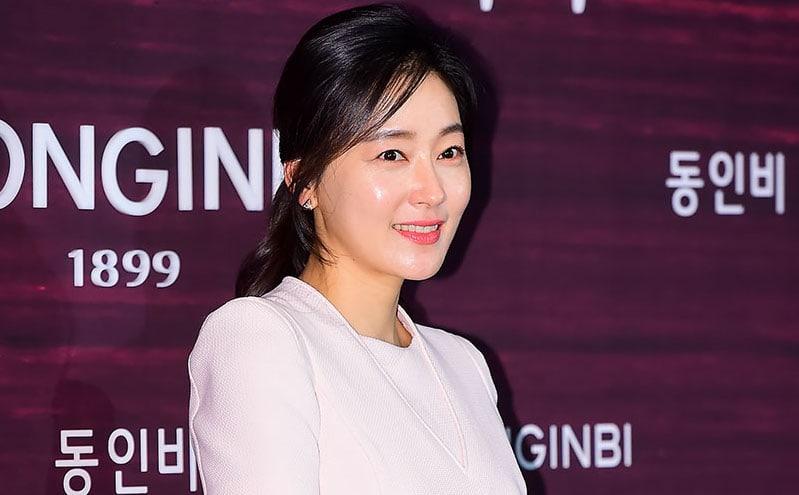 """Representantes de Park Jin Hee y SBS responden a los reportes de que se ha unido al drama """"Return"""""""