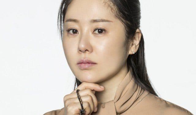 """El lado de Go Hyun Jung responde a las solicitudes de los espectadores para que regrese a """"Return"""""""