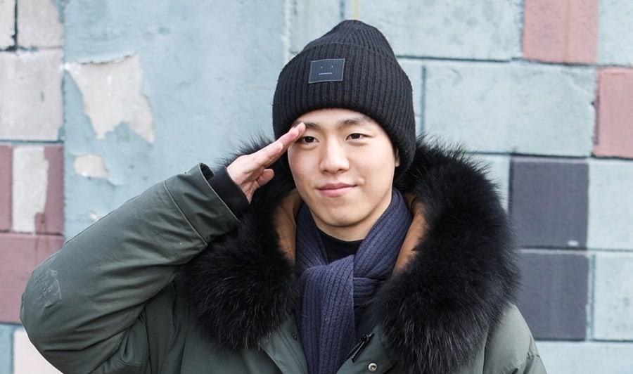 Lee Hyun Woo se alista en el ejército