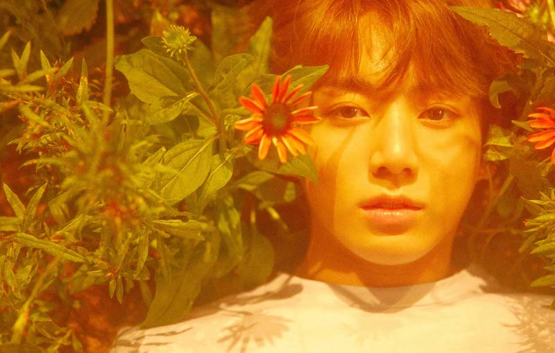 "Jungkook de BTS revela cover de ""Only Then"" de Roy Kim"