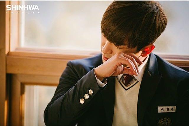 Lee Minwoo de Shinhwa habla sobre las reuniones de H.O.T y SECHSKIES