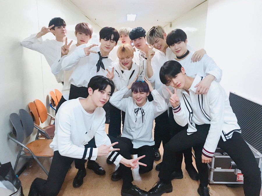 """Wanna One logra su 3ª victoria por """"Boomerang"""" en """"Music Bank"""". Actuaciones de TVXQ, MONSTA X y Stray Kids, entre otros"""