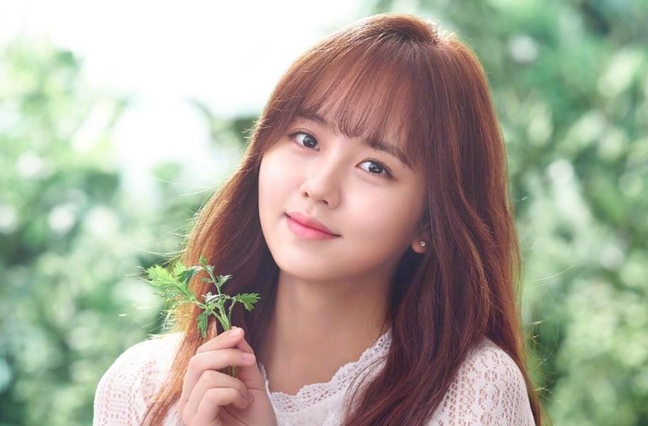 Kim So Hyun confiesa sobre su falta de experiencia en citas