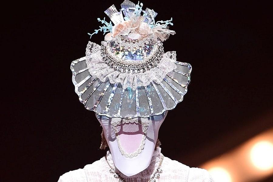 "Veterana líder de grupo femenino impresiona con su talento vocal en ""King Of Masked Singer"""