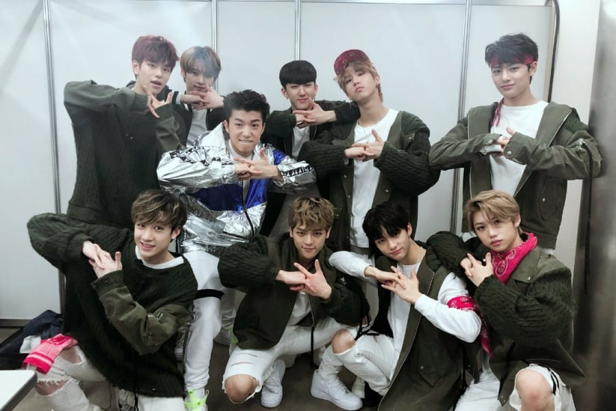 Stray Kids y Wooyoung de 2PM pasan en rato tras bastidores en el KCON 2018 Japan