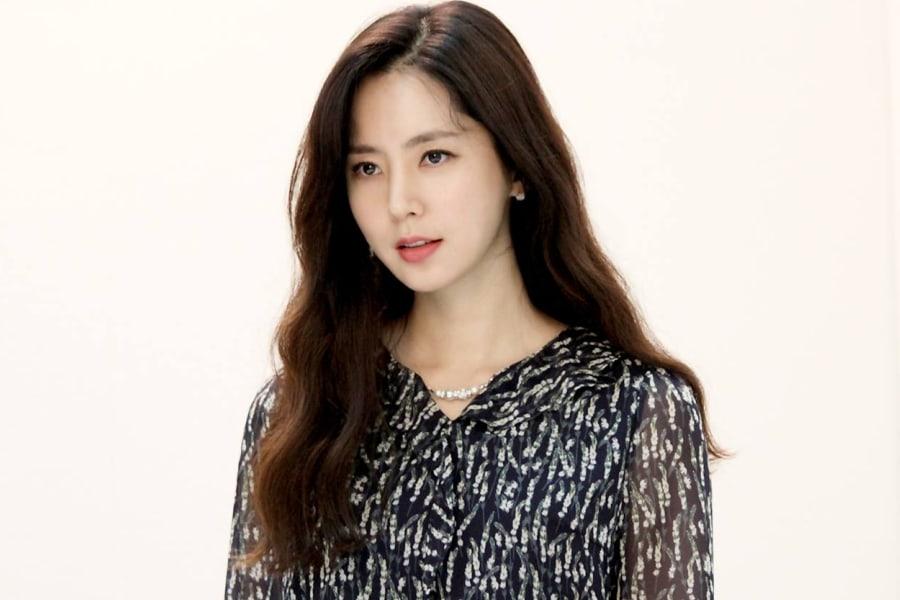 El prometido de Han Chae Ah comparte fotos de ellos por primera vez