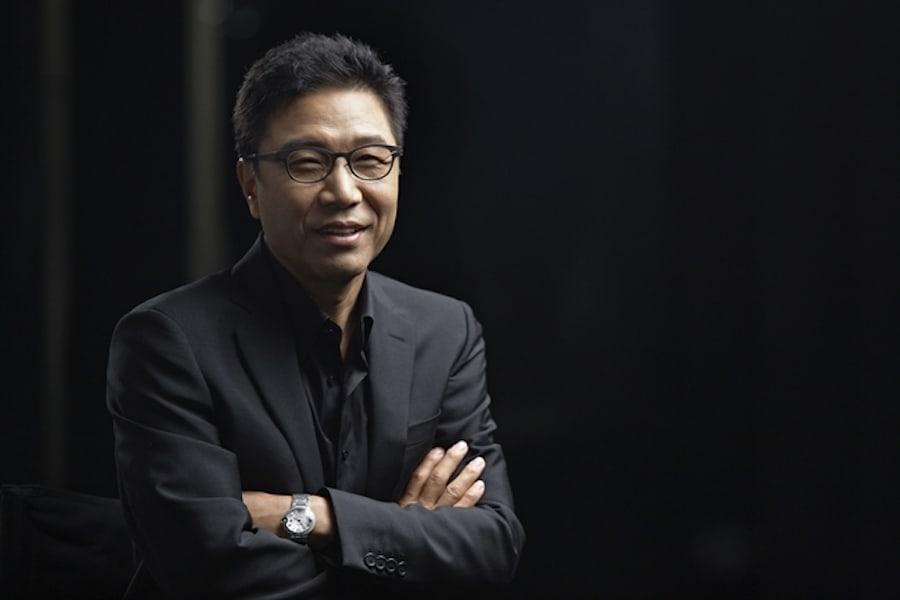 SM enfrenta informes sobre Lee Soo Man y transacciones internas sospechosas