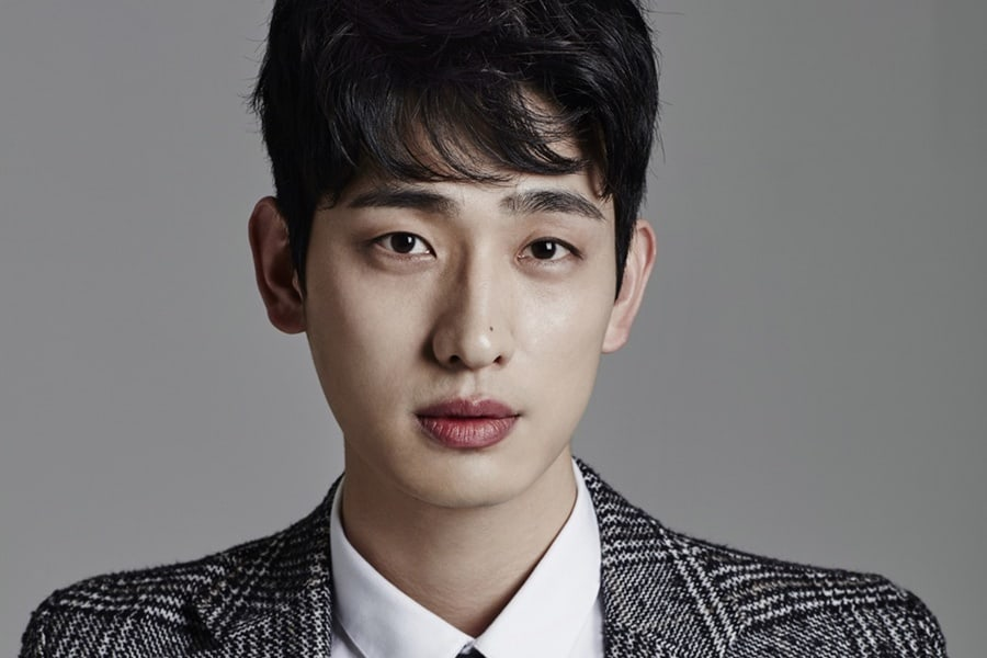Yoon Park vuelve a firmar con JYP Entertainment