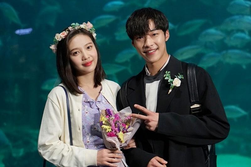 """Joy de Red Velvet y Woo Do Hwan continúan siendo adorables en el detrás de cámaras de """"Tempted"""""""