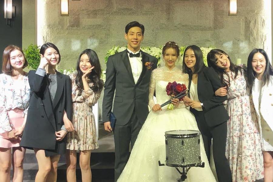 Las integrantes de After School comparten hermosas fotos y videos de la boda de Jung Ah