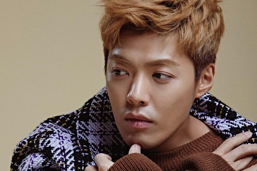 Kangnam tranquiliza a los fans tras el accidente automovilístico en el que estuvo involucrado