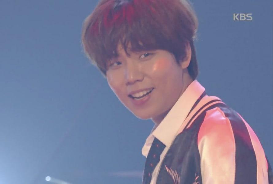 """Jung Seung Hwan muestra un impresionante progreso con la cover del baile de """"DNA"""" de BTS"""