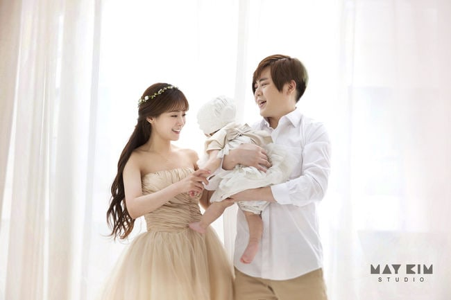 Moon Hee Jun y Soyul comparten la primera foto familiar