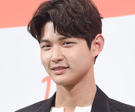 """El drama """"About Time"""" anuncia la salida de Lee Seo Won del elenco después de las acusaciones de acoso sexual"""