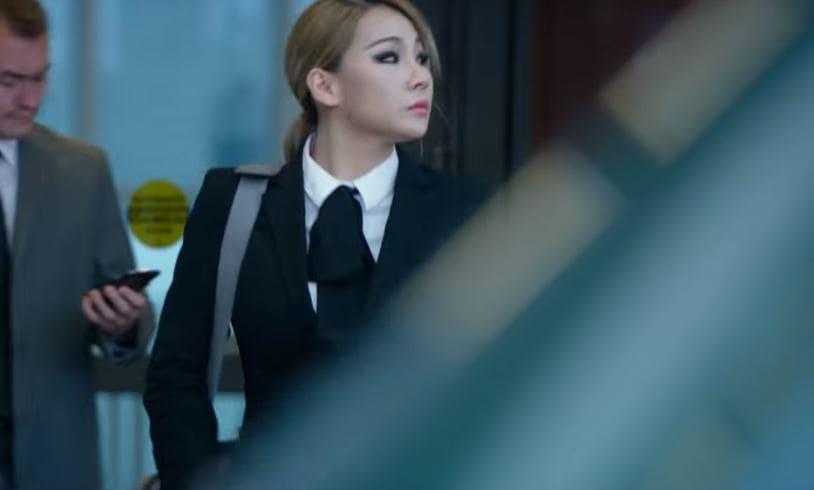 """CL aparece en trailer de suspenso para su debut actoral en película de Hollywood """"Mile 22"""""""