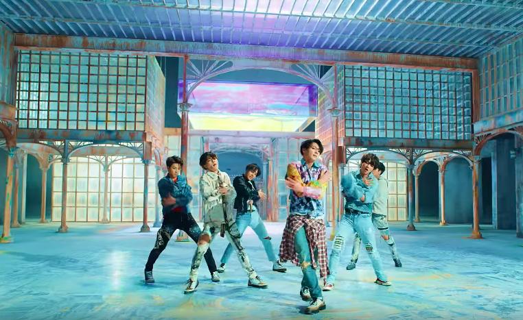 """BTS está de regreso con el encantador MV de """"Fake Love"""""""