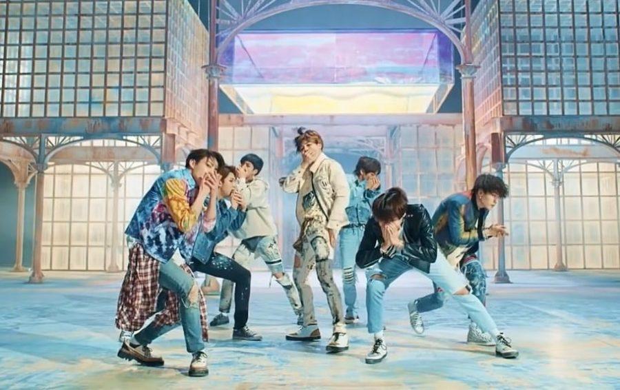 """El MV de BTS """"Fake Love"""" establece nuevo récord con 60 millones de reproducciones"""