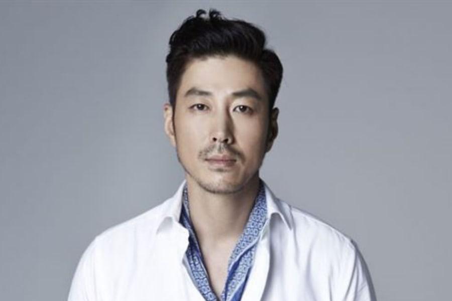El actor Yoon Tae Young es retirado del drama de tvN después de estar involucrado en un accidente por conducir ebrio