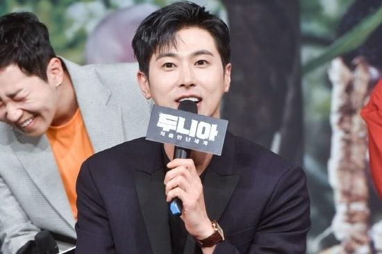 Yunho de TVXQ explica por qué decidió aparecer en el nuevo programa de variedades de MBC