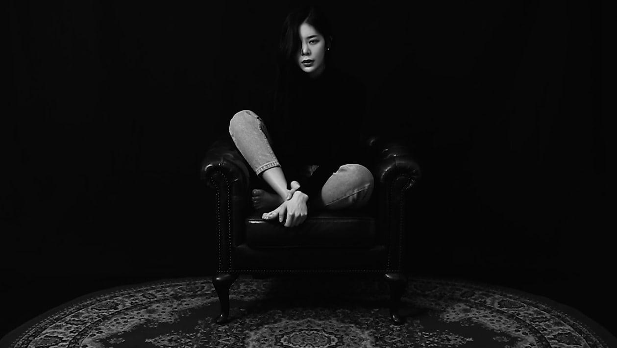 """Jang Jae In se sincera sobre su vida en el artístico vídeo musical de """"Seoul Noir"""""""