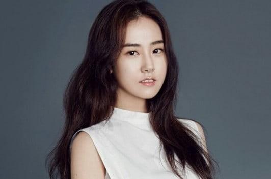 Ex-integrante de 4Minute, Heo Gayoon, termina su contrato y se convierte en agente libre