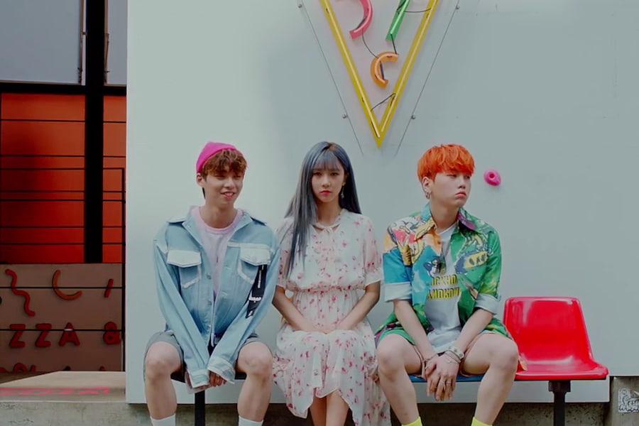 """Woo Jin Young y Kim Hyun Soo se enamoran en el vídeo musical de """"Falling In Love"""" protagonizado por Yoohyeon de DreamCatcher"""