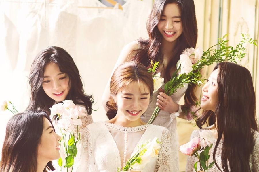 Las miembros de Dal Shabet se reúnen para la sesión de fotos de despedida de soltera de Gaeun