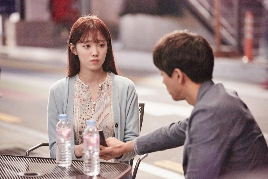 """Lee Sung Kyung y Lee Sang Yoon tienen un triste encuentro en """"About Time"""""""
