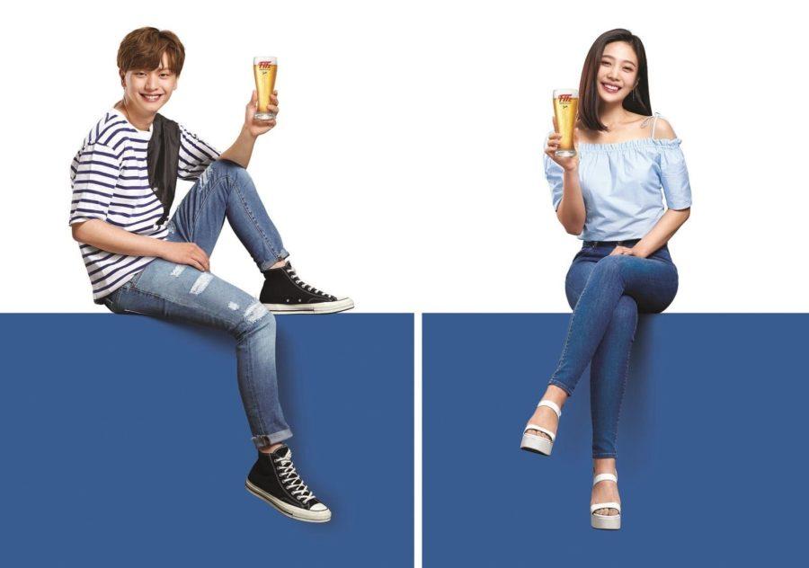 Yook Sungjae de BTOB y Joy de Red Velvet se convierten en modelos de una famosa marca de cerveza