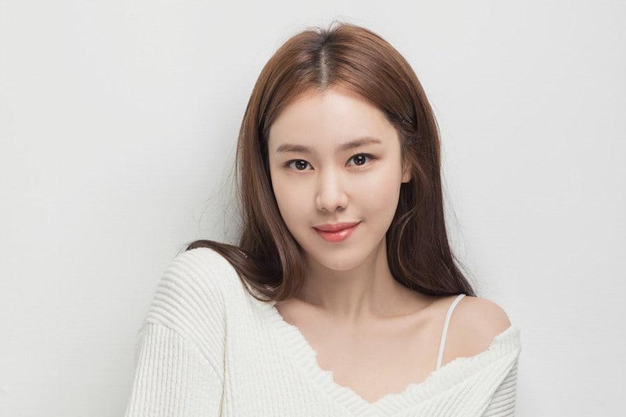La actriz Kim Ye Won deja JYP Entertainment