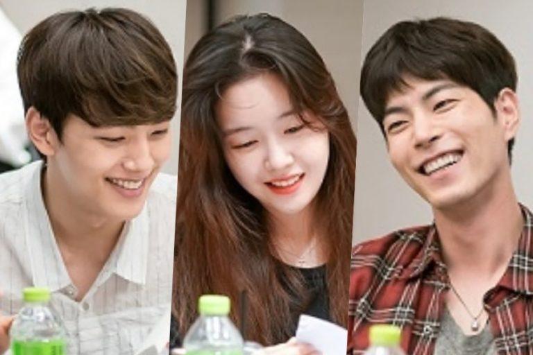 """Yeo Jin Goo, Minah de Girl's Day, Hong Jong Hyun, y más asisten a la lectura del guion del remake de """"Absolute Boyfriend"""""""