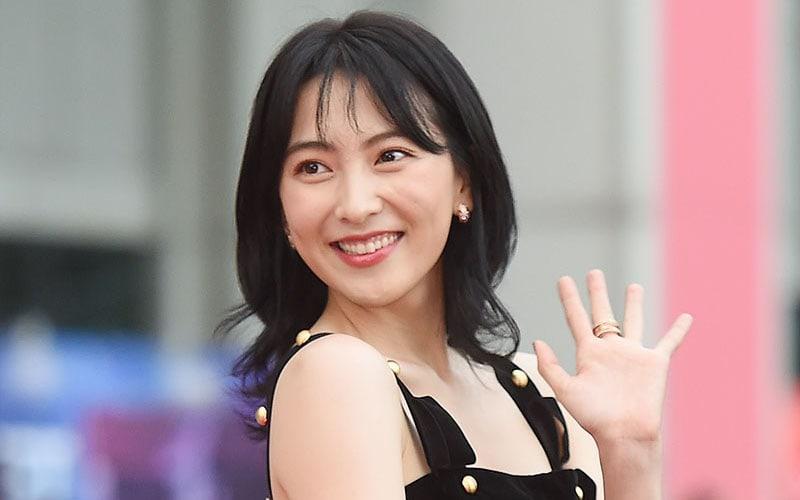 Kang Ji Young habla sobre cómo las miembros de KARA mantienen contacto y continúan siendo buenas amigas
