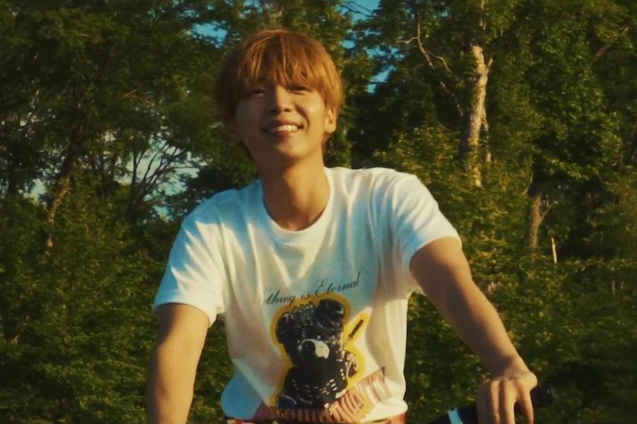 """Jeong Sewoon canta """"20 Something"""" en su MV de regreso"""