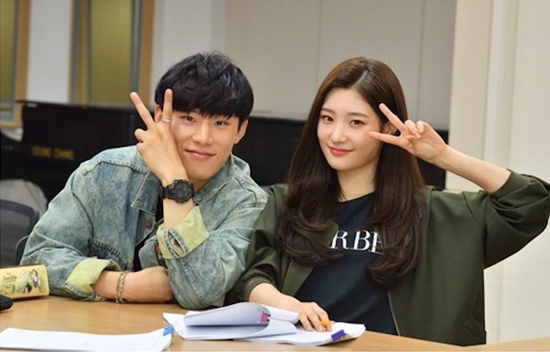 """Kim Sung Cheol comparte las primeras impresiones de Jung Chaeyeon de DIA y sobre como entró en personaje para """"to. Jenny"""""""